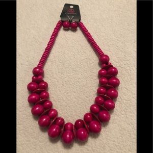 Paparazzi Hot pink wood bead necklace with earring